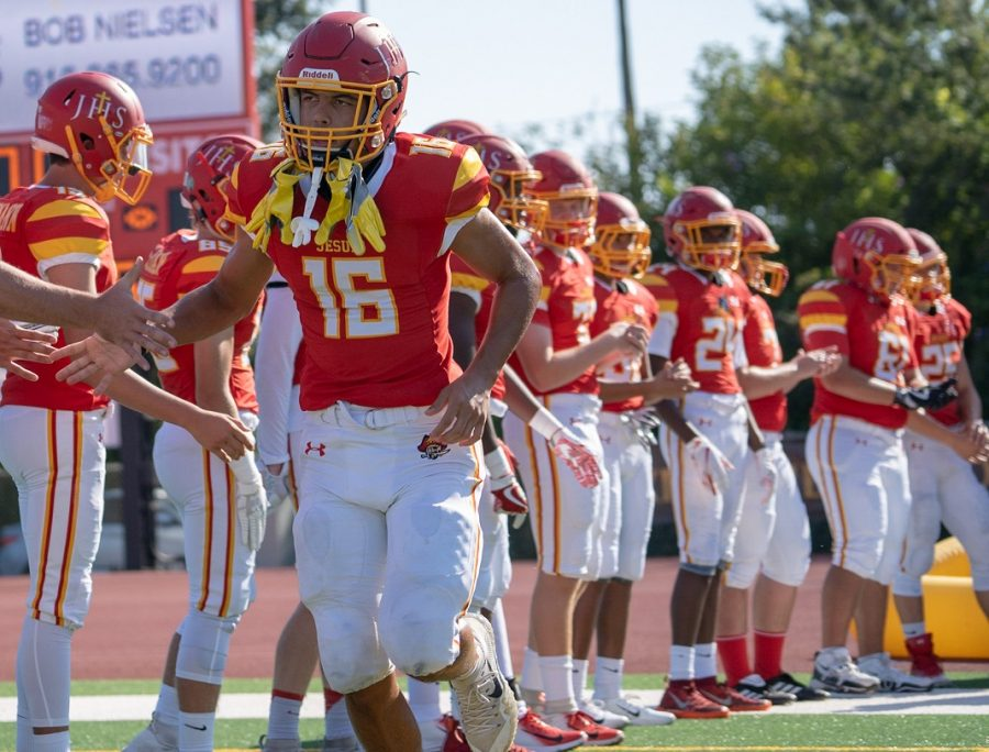 Jesuit+defeats+Cosumnes+Oaks+on+the+road