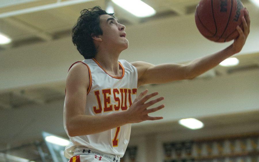 New season, new challenges for varsity basketball