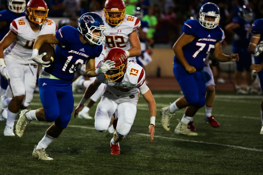 Jesuit seeks first win of the season against long-time rival