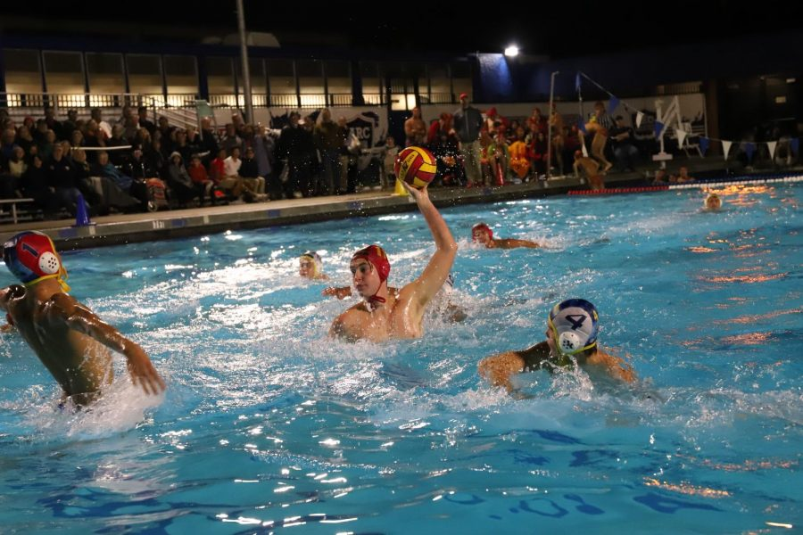 Jesuit+advances+to+semifinals+in+Water+Polo
