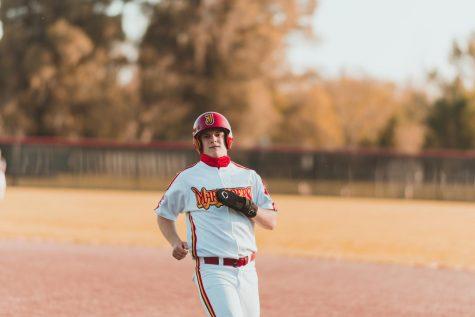 Jesuit baseball sweeps Sheldon in three-game series