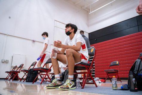 Jesuit basketball defeats Granite Bay despite shaky performance